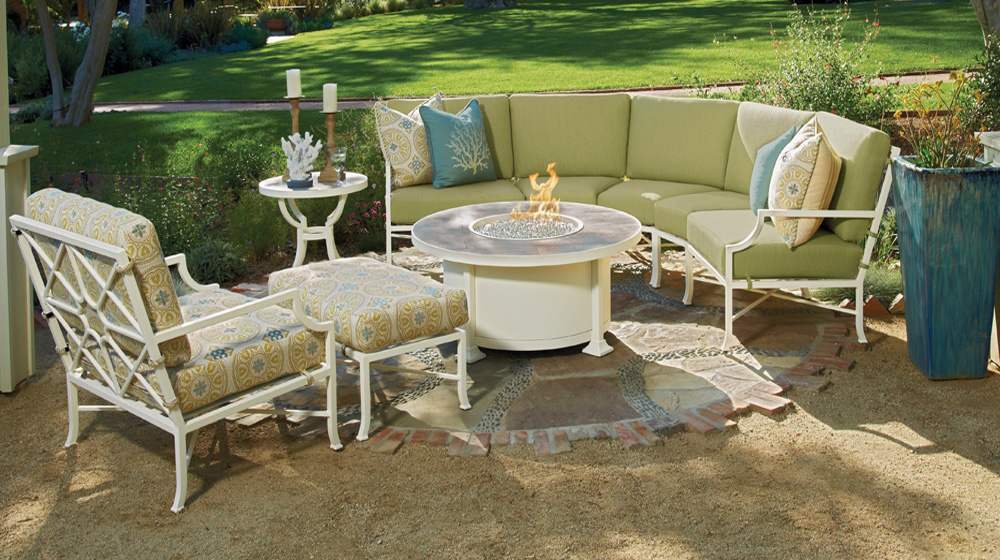 Ow Lee Hyde Park Patio Sectional With Fire Pit Table