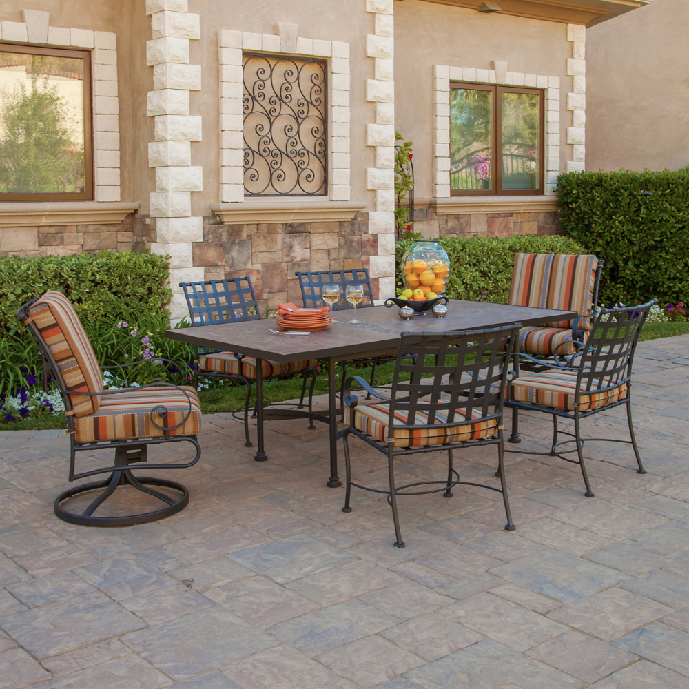 bay hampton with cushions gray posada sets piece set p dining patio