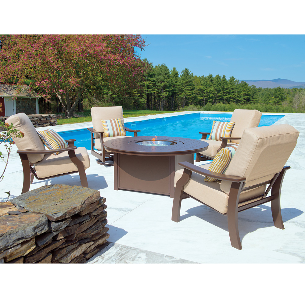 Telescope Casual 54 Quot Round Mgp Dining Fire Table 4f70 4f60
