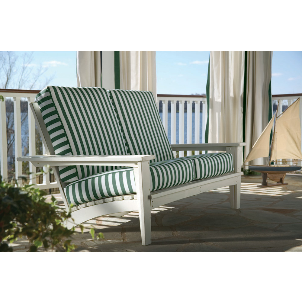 Uwharrie Chair Chat Settee   9051