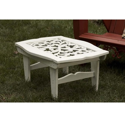 Uwharrie Chair Veranda Cocktail Table - V030