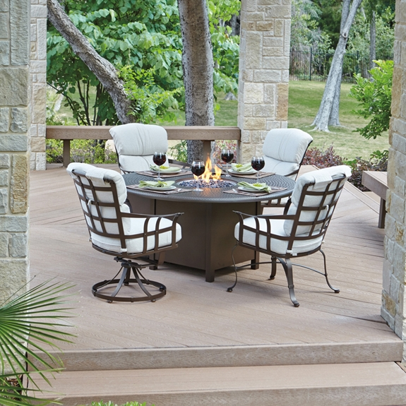 Woodard Atlas 5 Piece Fire Pit Dining Set Wd Atlas Set1