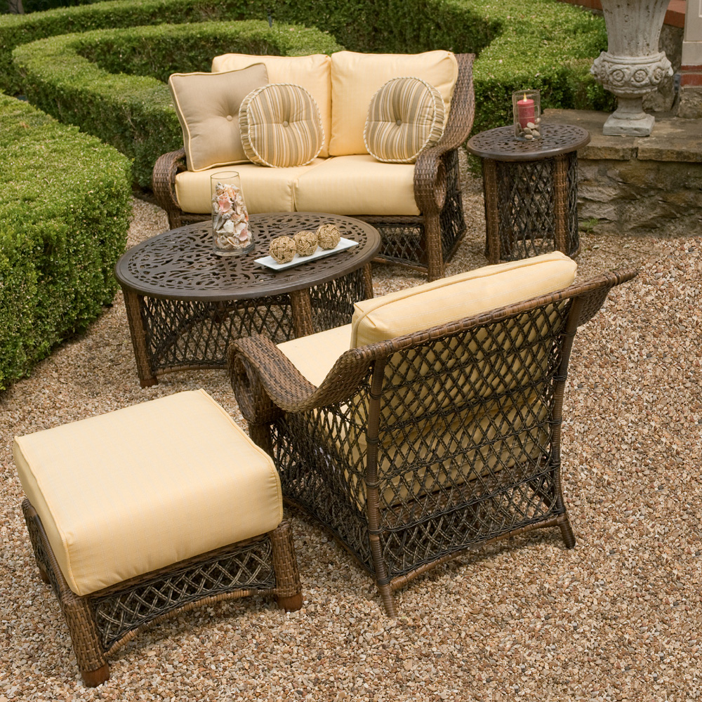 Woodard Belmar 5 Piece Patio Set - WHITECRAFT-BELMAR-SET2