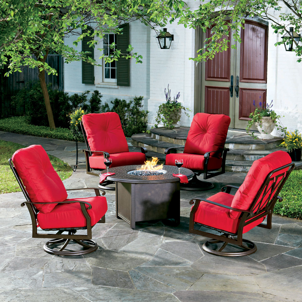 Woodard Cortland Cushion Fire Pit Chat Set   WD CORTLAND SET3