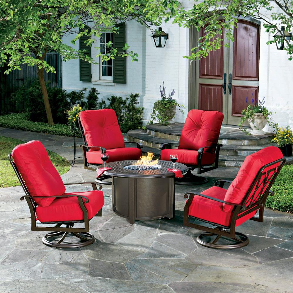 Woodard Cortland Cushion Fire Pit Chat Set