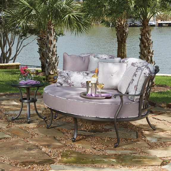 Woodard new orleans 2 piece crescent cuddle chair set wd for Outdoor furniture new orleans