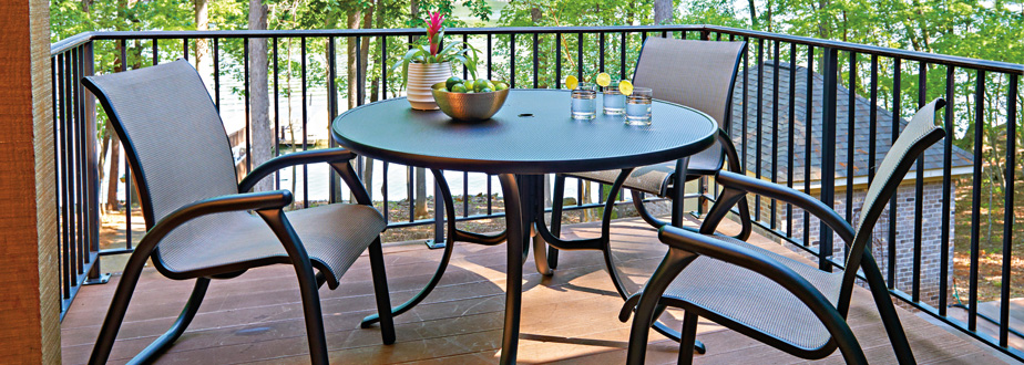 Telescope Casual Embossed Aluminum Tables