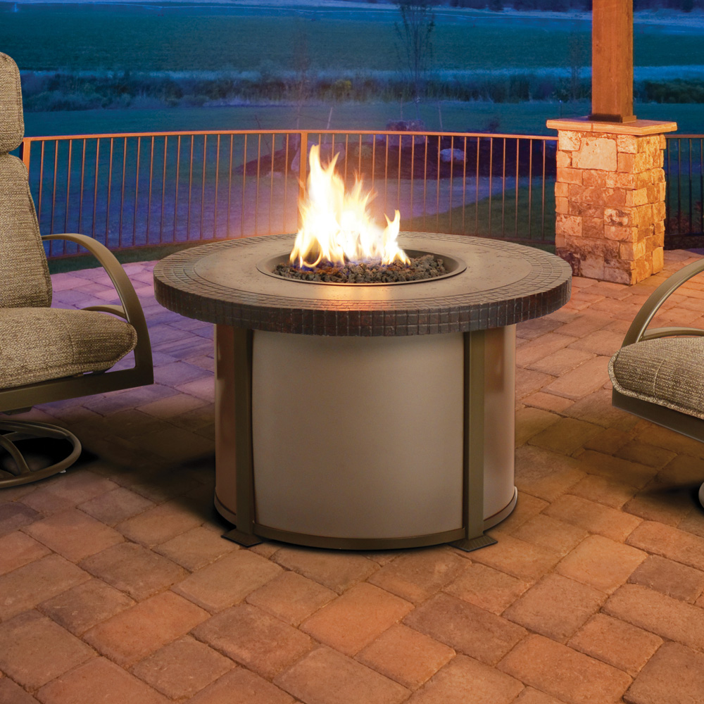Homecrest valero natural 48 round dining fire pit table for Table 52 botswana