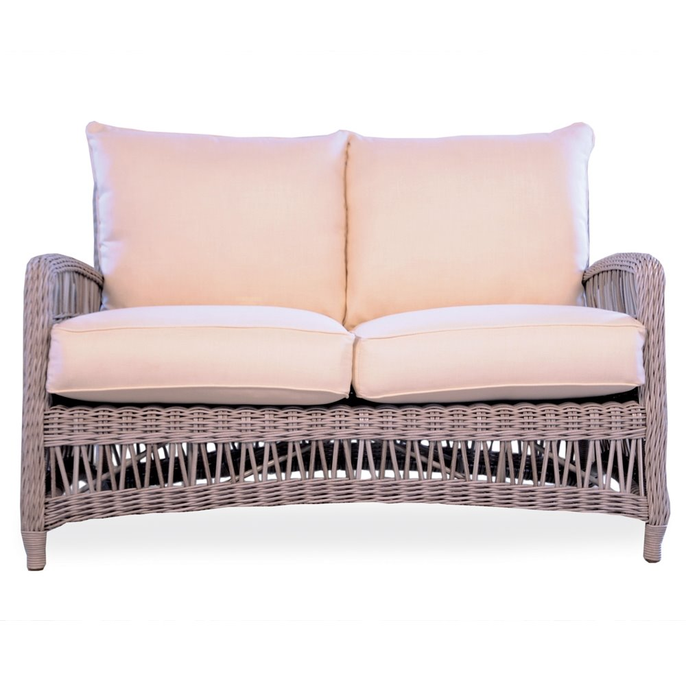 Lloyd Flanders Mackinac Loveseat - 273050
