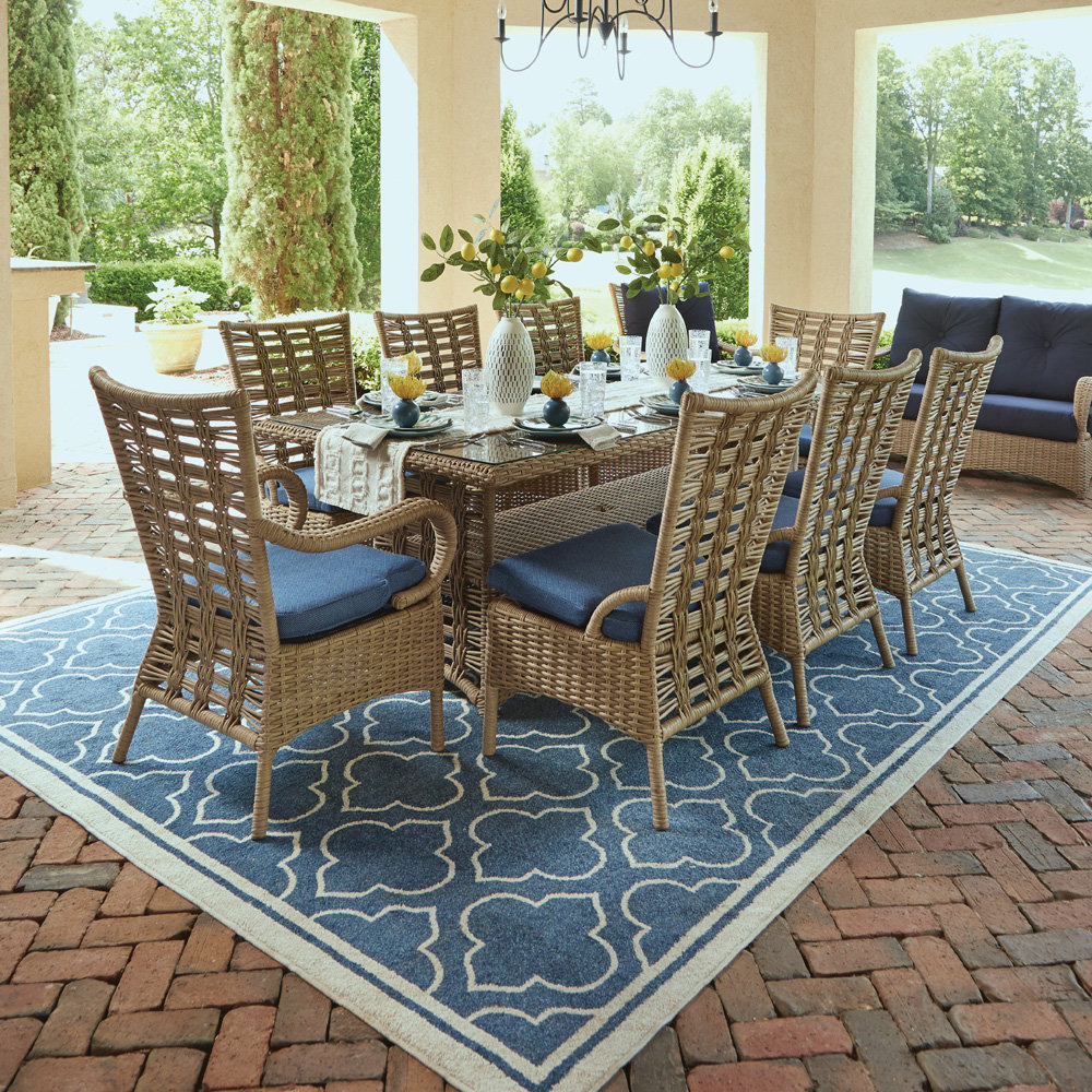 Lloyd Flanders Magnolia Traditional Outdoor Wicker Dining Set for 8 - LF-MAGNOLIA-SET1