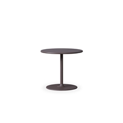 "Lloyd Flanders Verona 23.5"" Round End Table - 277043"