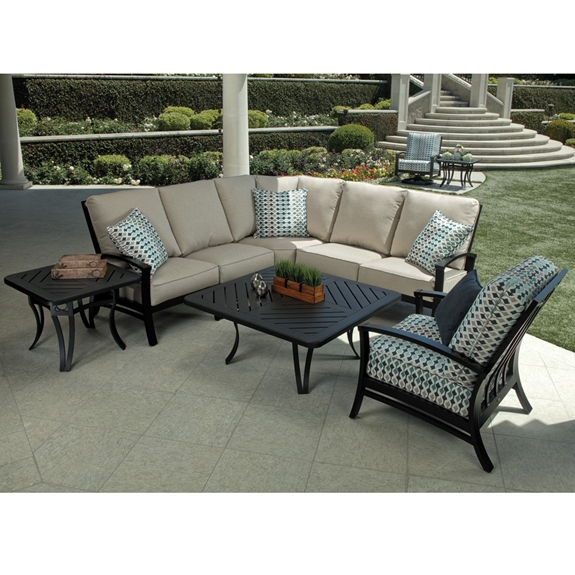 Cool Mallin Oakland Aluminum Outdoor Sectional With Lounge Chair Gmtry Best Dining Table And Chair Ideas Images Gmtryco