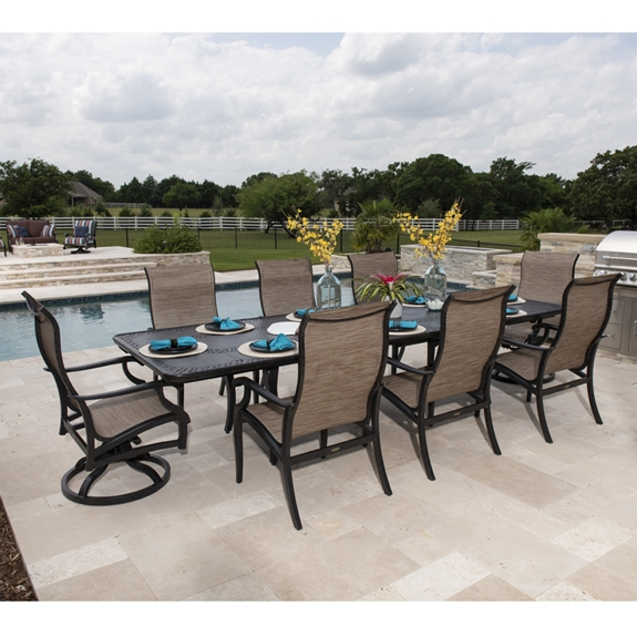 Mallin Turin Traditional Outdoor Dining Set for 8