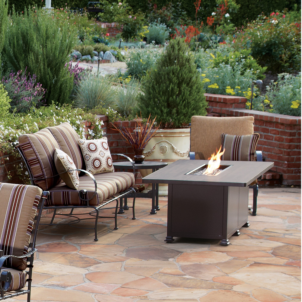 OW Lee Classico-W 4 Piece Fire Pit Lounge Set - OW-CLASSICOW-SET3
