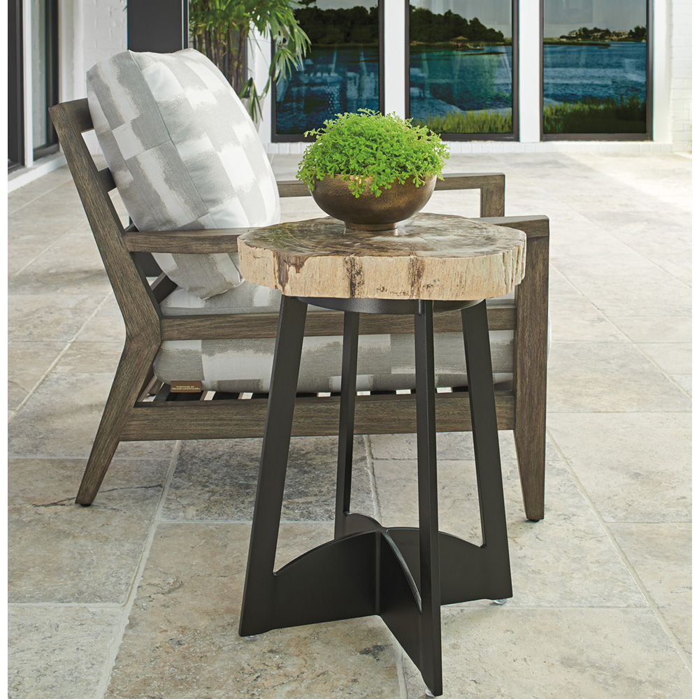 Tommy Bahama La Jolla Lounge Chair with Petrified Wood Side Table - TB-LAJOLLA-SET6