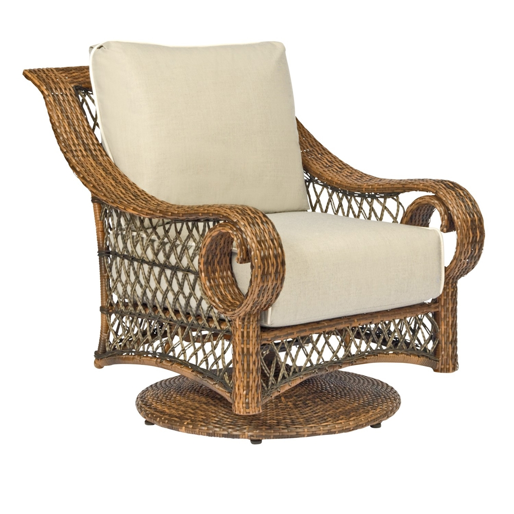 Woodard Belmar Swivel Lounge Chair - 6Z0077