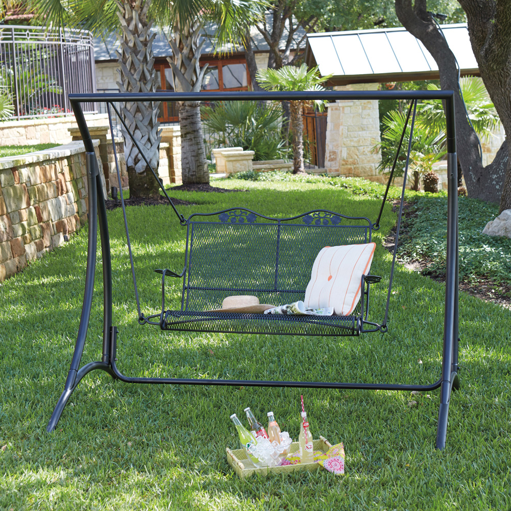 Woodard Briarwood Outdoor Swing And Stand Set   WD BRIARWOOD SET4