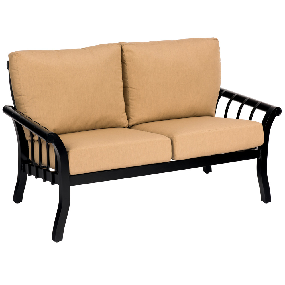 Woodard Rhyss Love Seat - 7Y0419