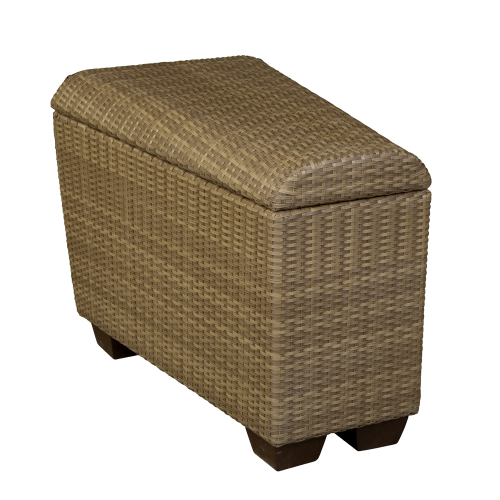 Woodard Saddleback Chat Height Fire Table With 48 Quot Thatch
