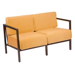 Woodard Salona Loveseat - 3Z0419